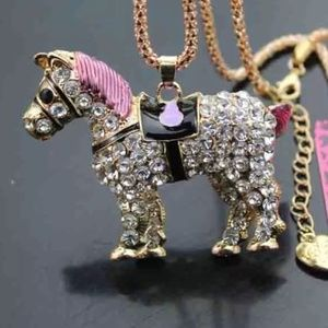 Pony Necklace
